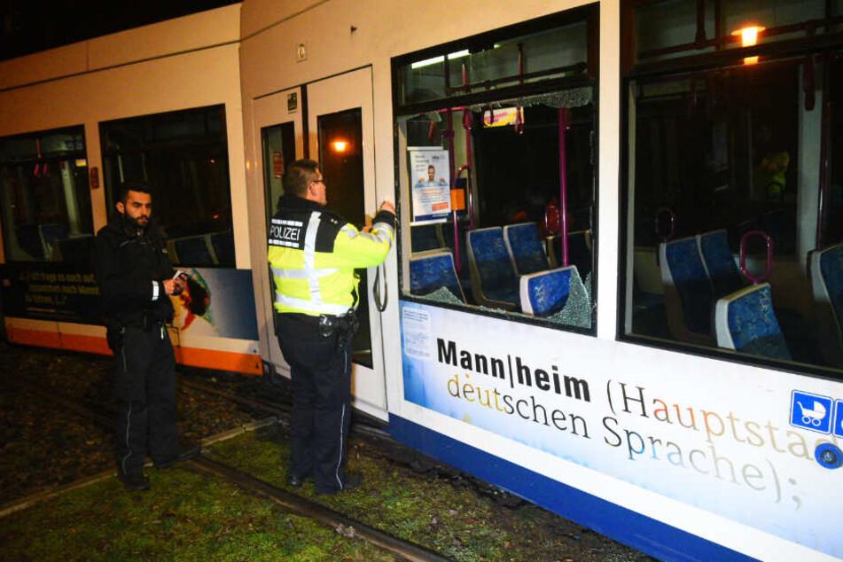 Straßenbahn entgleist in Mannheim: Vier Verletzte