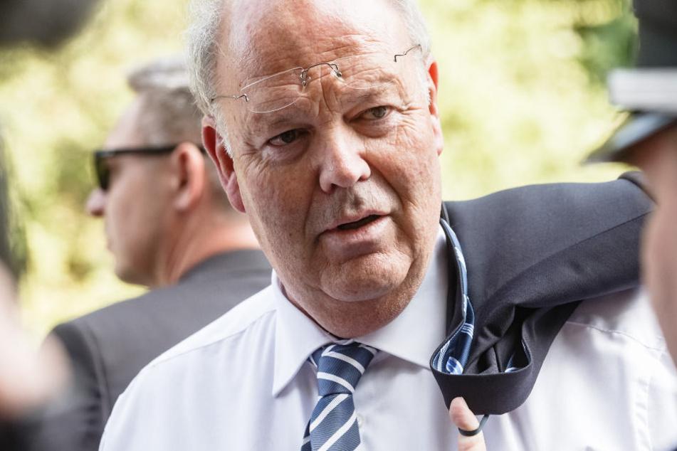 Innenminister Grote im Gespräch: Am Mittwochabend will er sich den Bürgern in Boostedt stellen.