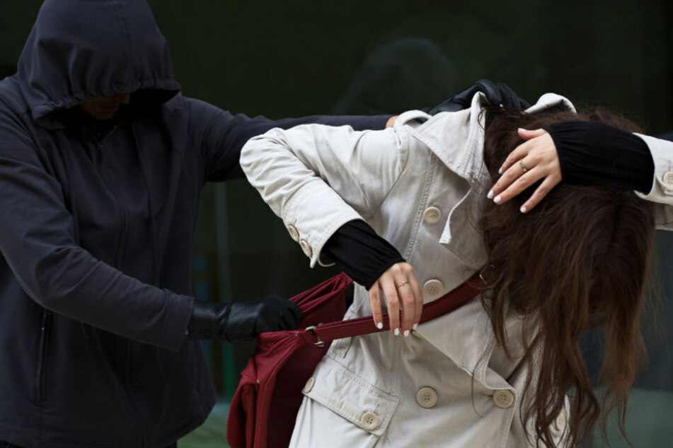 Sex-Täter hat wieder zugeschlagen! Schon die dritte Frau in Folge