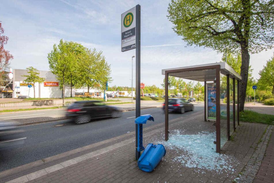 In Chemnitz Werden Immer Mehr Wartehauschen Zerstort Tag24