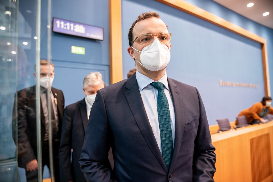Kaum schlägt Gesundheitsminister Jens Spahn (40, CDU) eine Impf-Konferenz vor, schon soll sie am kommenden Montag stattfinden.