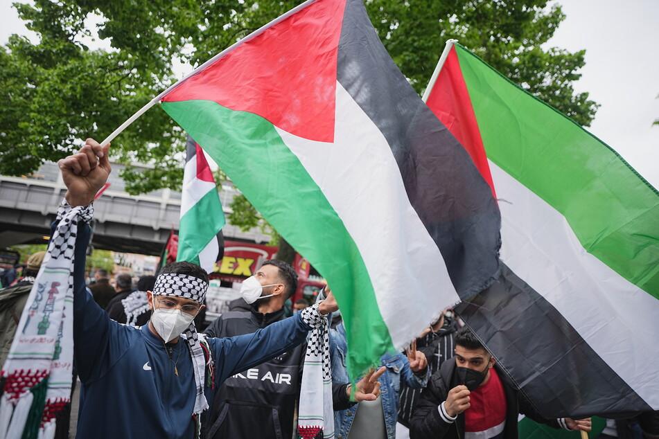 """""""Ernsthafte Gefahr"""": Polizei ordnet Ladenschließungen wegen Nahost-Demo an"""