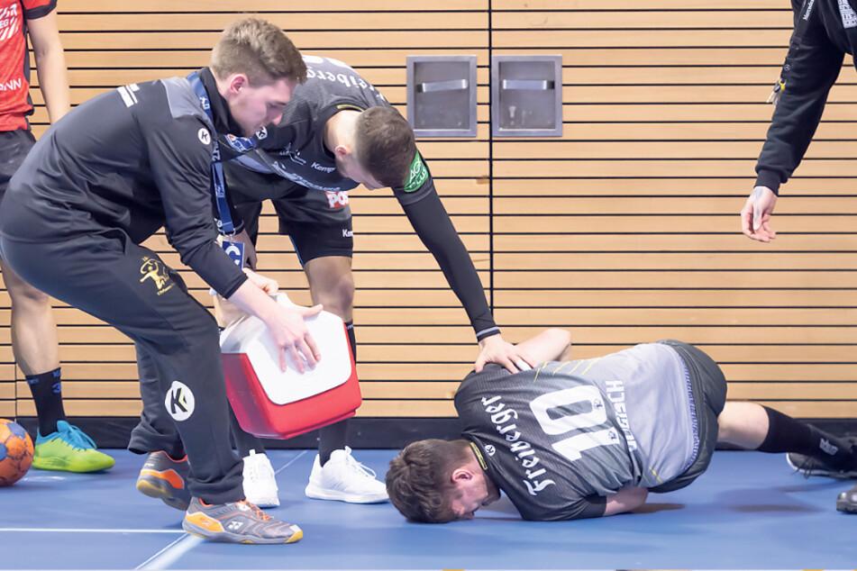 Nils Gugisch zog sich in der allerletzten Sekunde eine schwere Knieverletzung zu und krümmte sich vor Schmerzen.