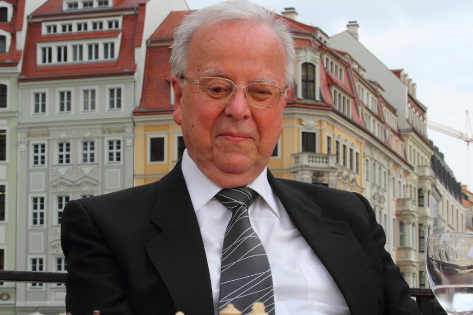 Wolfgang Uhlmann war auch noch im hohen Alter schachlich unterwegs.