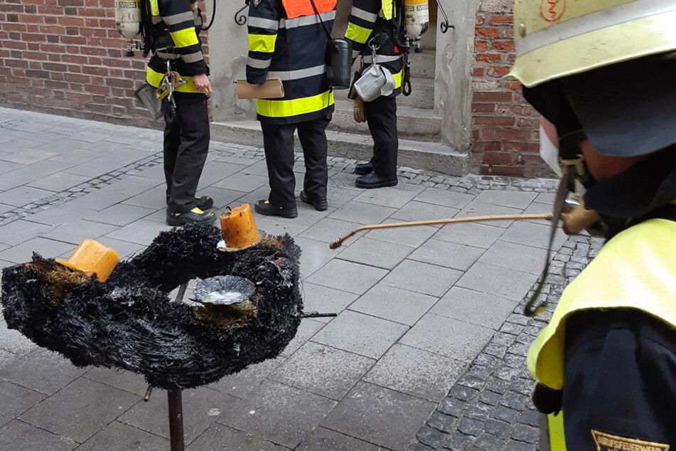 Flammen in der Sakristei: Adventskranz in Münchner Dom fängt Feuer