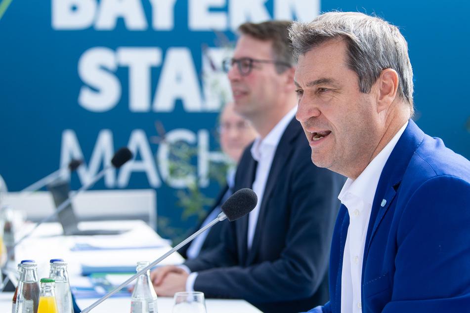 Bayerns Ministerpräsident Markus Söder (54) will die Corona-Regeln an neue Voraussetzungen knüpfen.