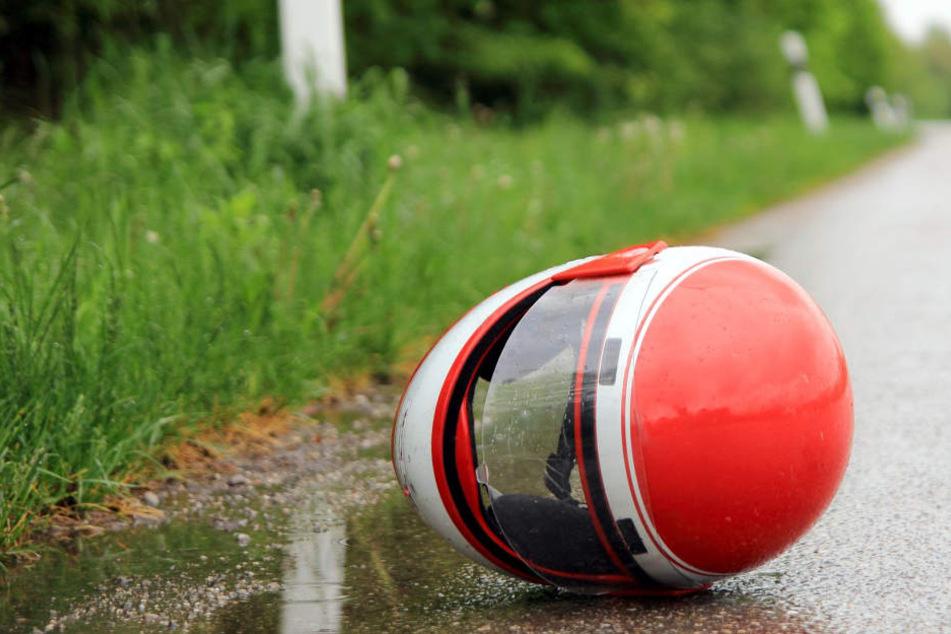 Trotz gelungener Reanimation erlag der Motorrad-Fahrer schließlich seinen Verletzungen (Symbolbild).