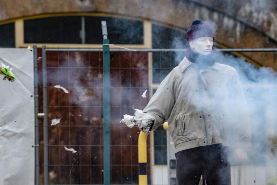 """La Bomba"" & Co.: Polizei stellt vor Silvester kiloweise verbotene Böller sicher"