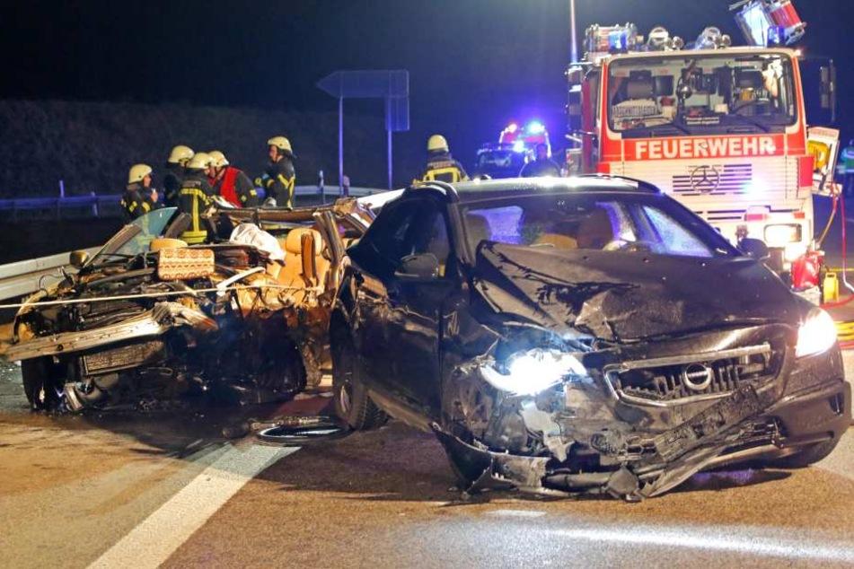 Am Samstagabend krachte ein Geisterfahrer frontal mit einem BMW zusammen.