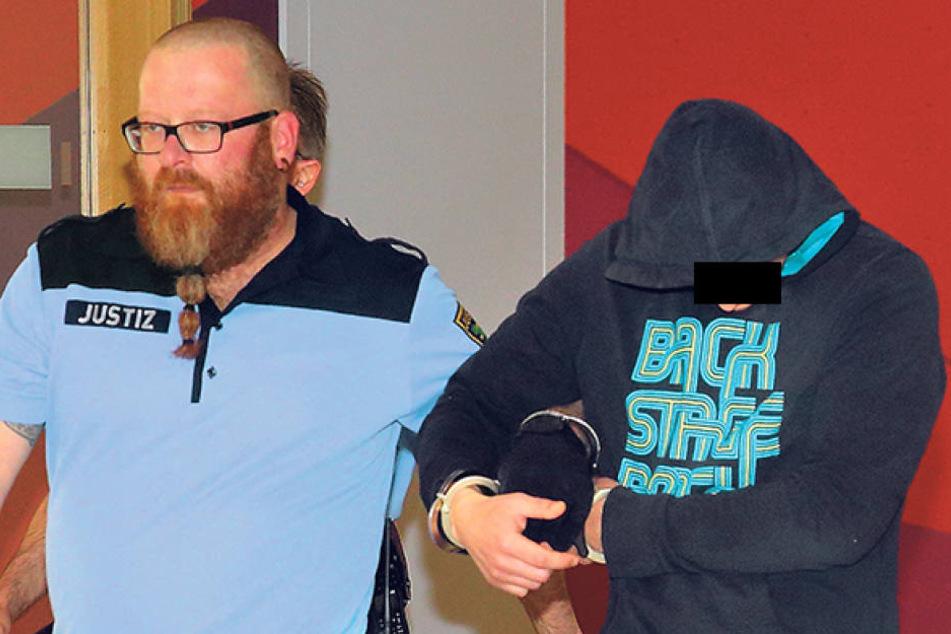 Martin L. (30) sitzt bereits in  Haft. Am Dienstag wurde ihm erneut der Prozess gemacht.