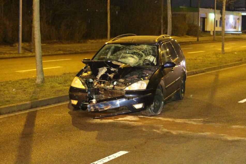 Beim Gassigehen: Mädchen (13) von betrunkenem Autofahrer lebensgefährlich verletzt