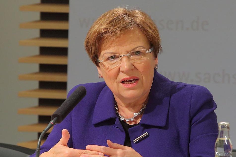 Weit fortgeschrittene Deutschkenntnisse mindestens auf Niveau C1 sind  Pflicht: Ministerin Brunhild Kurth (62, CDU) hofft auf ausländische  Bewerber.