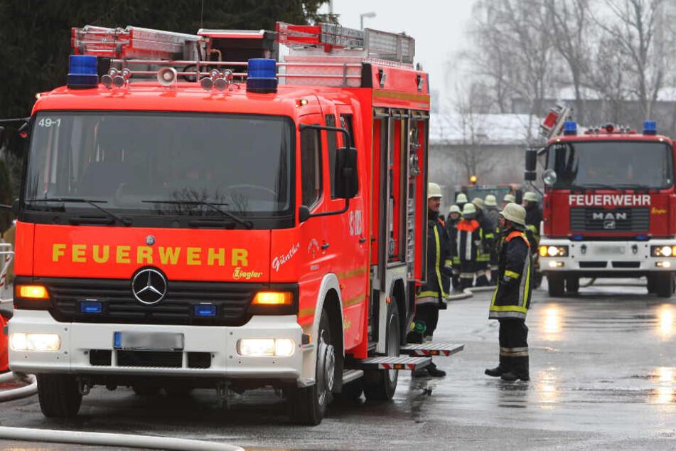 Die Einsatzkräfte der Feuerwehr mussten den Mann reanimieren.