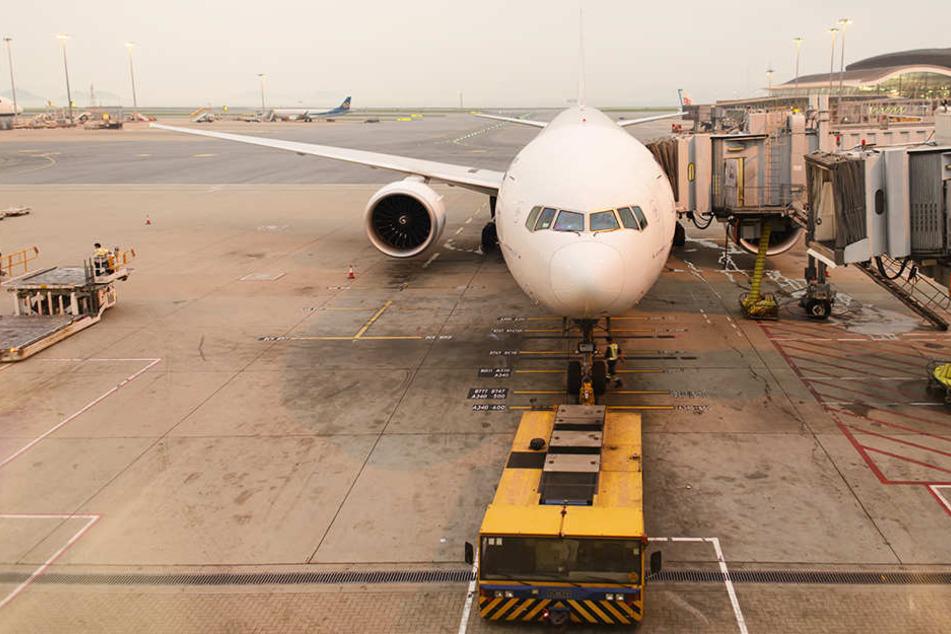 Ein Flugzeug mit 282 Passagieren an Bord musste außerplanmäßig in Sibirien im Osten Russlands landen.
