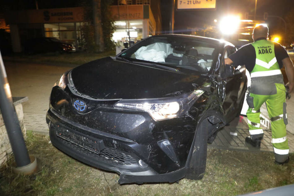 Der Toyota-Fahrer wurde bei dem Unfall verletzt.