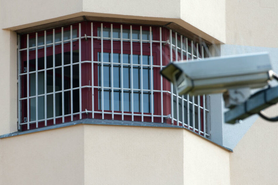 Die Häftlinge wurden teilweise in andere Gefängnisse verlegt. (Symbolbild)