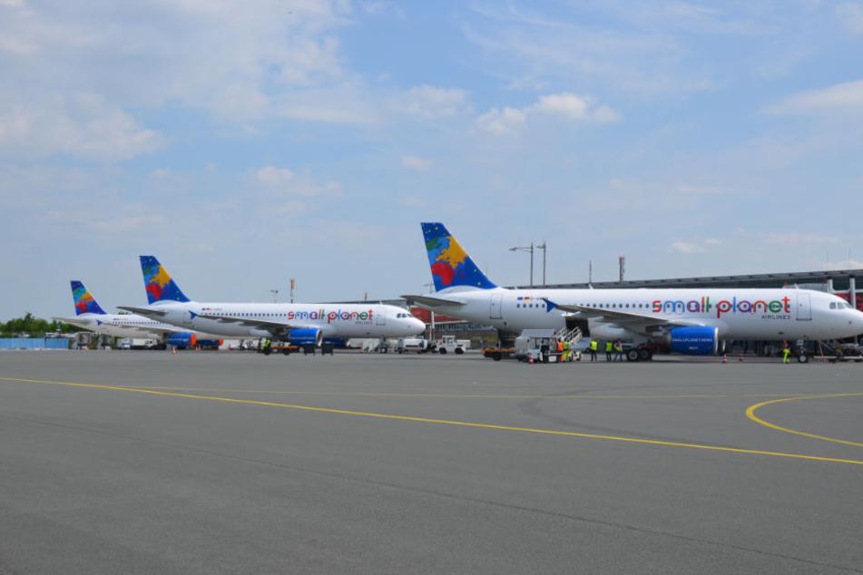 Small Planet Airlines startet auch vom Heimatflughafen Paderborn/Lippstadt.
