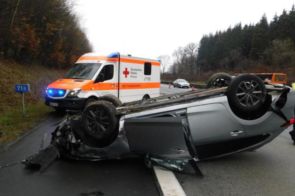 Verlorener Gegenstand auf Autobahn verursacht üblen Unfall