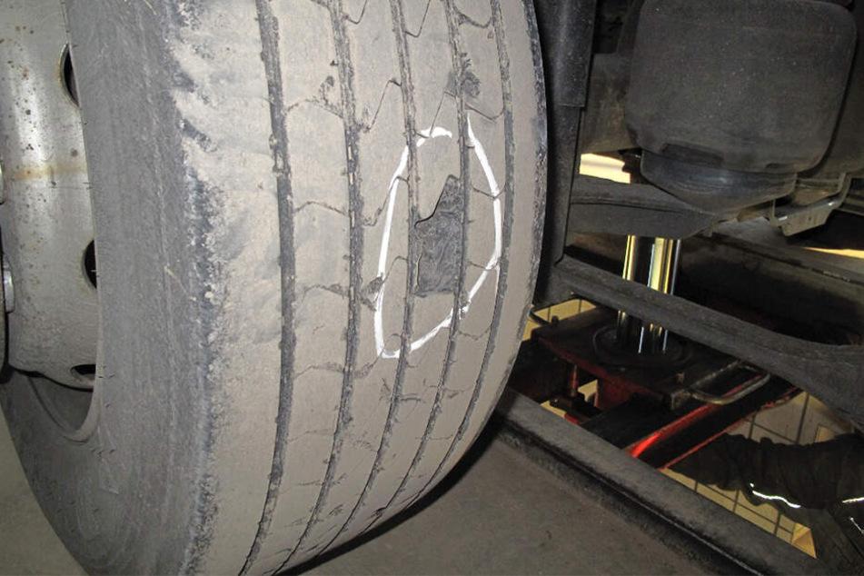 Die Reifen des Gespanns waren völlig hinüber.