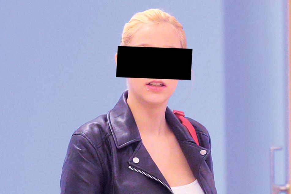Anja L.* (15) muss sich für allerlei Straftaten verantworten.