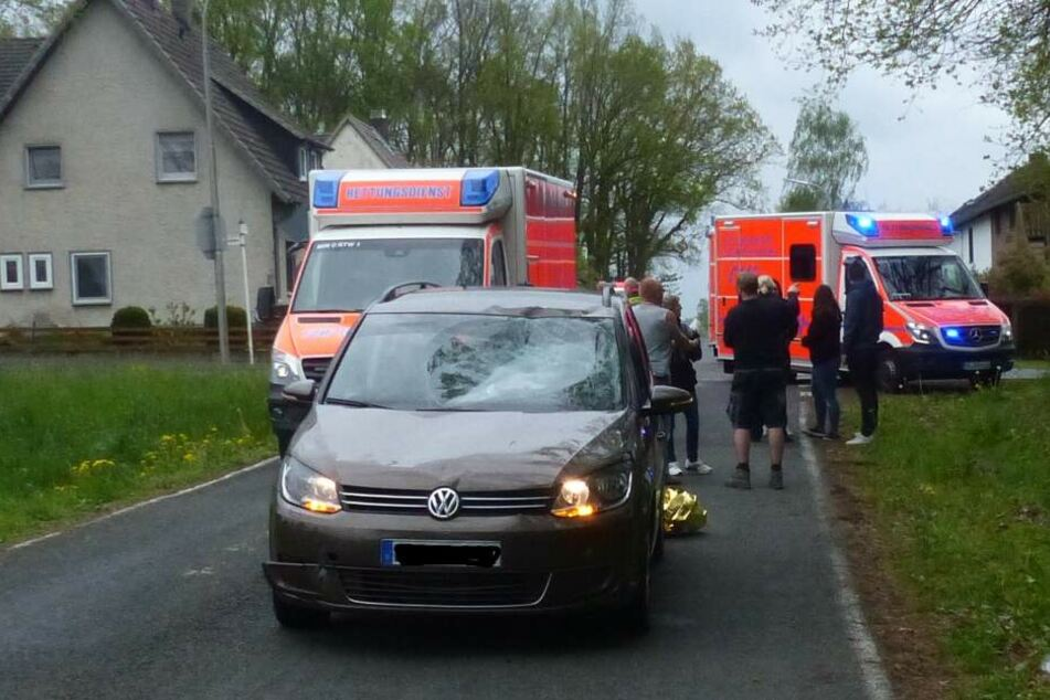 Der 15-Jährige schwebt nach dem Crash in Lebensgefahr.