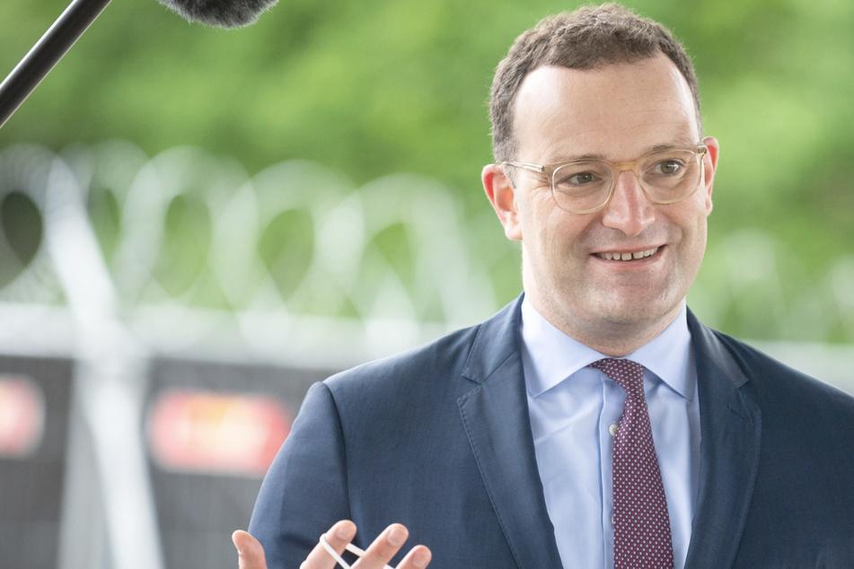 Jens Spahn (41, CDU), Bundesgesundheitsminister schlägt Ende der Impf-Priorisierung ab 7. Juni vor.