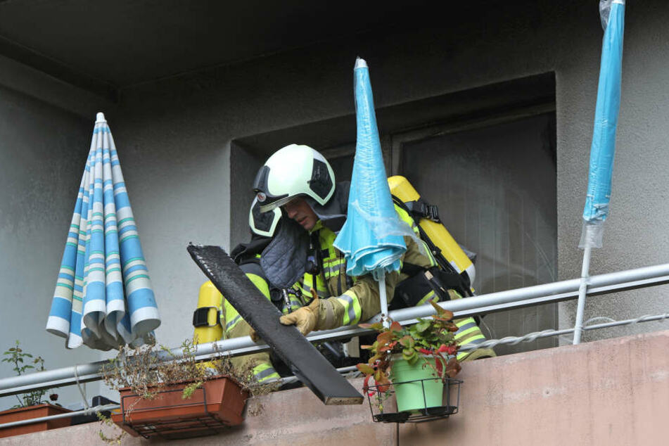 Wie es zu dem Brand kam, ist derzeit nicht bekannt.