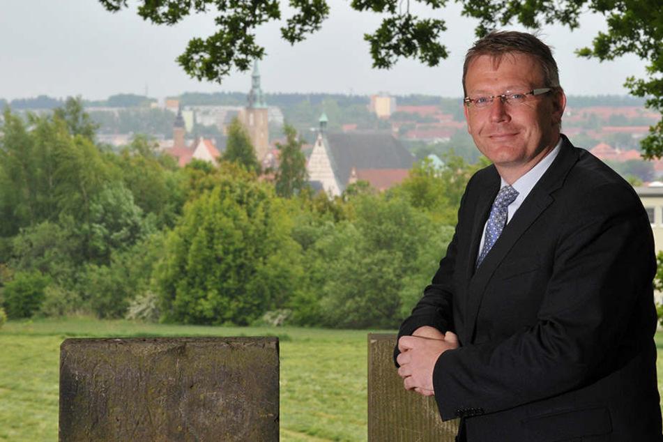 Oberbürgermeister Sven Krüger (SPD) hat eine Rechnung an die Bundeskanzlerin geschickt.