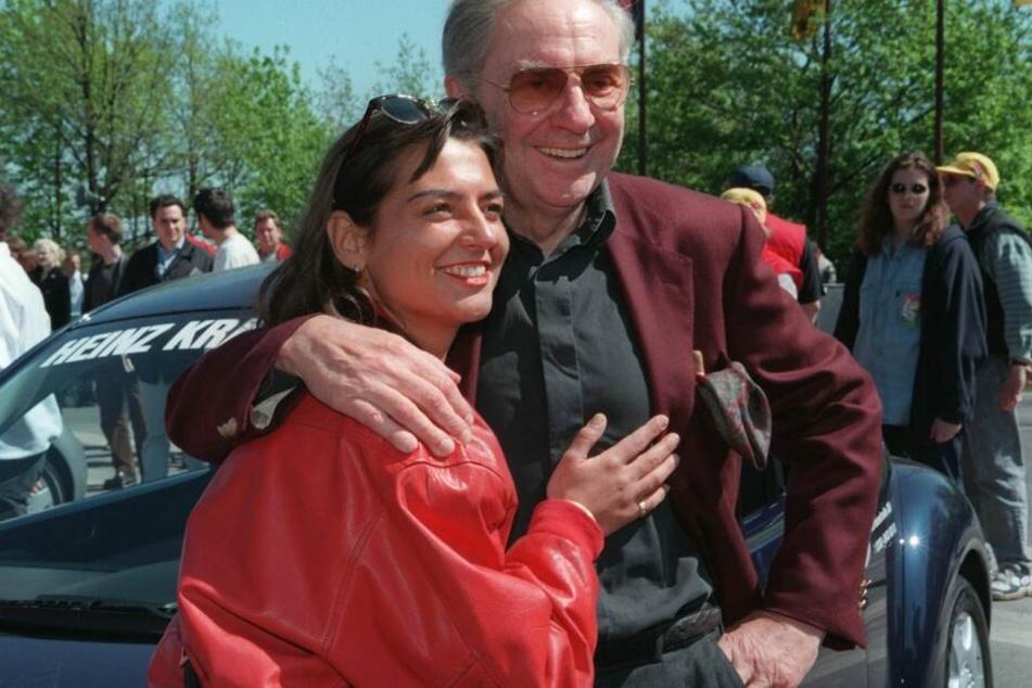 Die mit nur 54 Jahren verstorbene Moderatorin Manina Ferreira-Erlenbach an der Seite von Schauspieler Harald Juhnke († 75) im Jahr 1999.