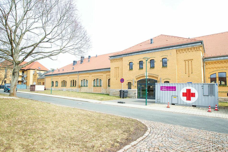 Im Plauener Behördenzentrum in der Kasernenstraße sollen am Mittwoch die ersten Vogtländer gegen Corona geimpft werden.