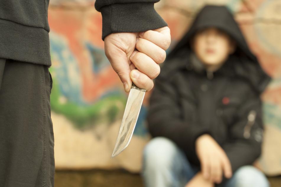 Am Wochenende sind drei 13-Jährige in Essen von einer 15-köpfigen Gruppe an Kindern und Jugendlichen angegriffen worden (Symbolbild).