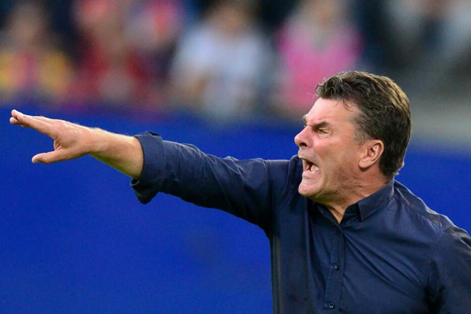 HSV-Trainer Dieter Hecking warnt vor Aue.