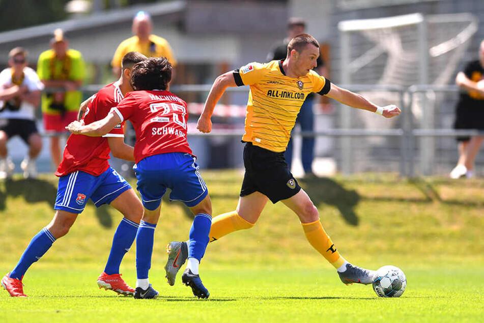 Haris Duljevic (r.) wechselte vor Saisonstart. Die kolportierte Ablösesumme von einer Million Euro ist viel Geld für einen Zweitligisten.