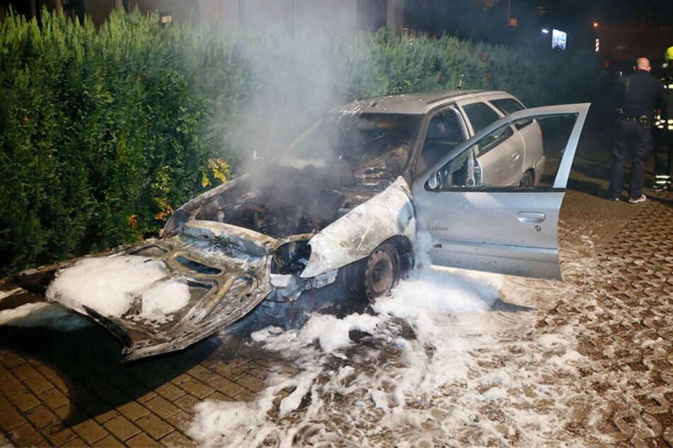 Im Oktober 2016 standen in der Leipziger Straße mehrere Autos in Flammen.