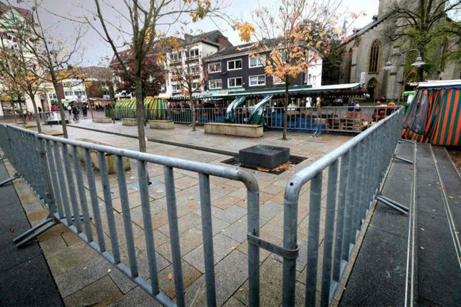Zu gefährlich: Diese Absperrung soll Fußgänger vor Stürzen bewahren