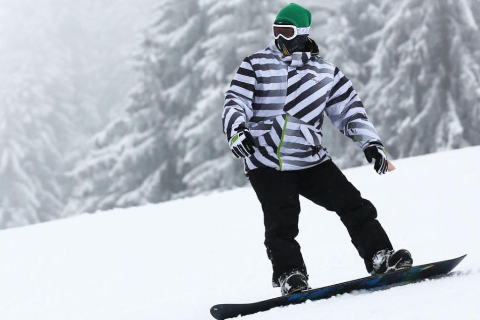 Wintersport-Fans kommen auf der Zugspitze voll auf ihre Kosten. (Symbolbild)