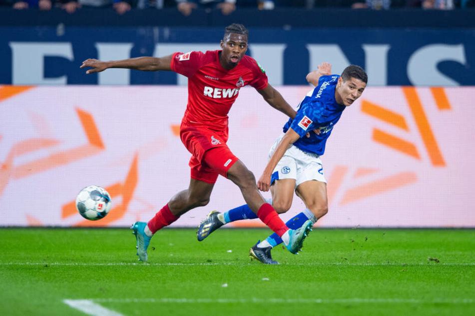 Kingsley Ehizibue beim Spiel gegen Schalke 04.