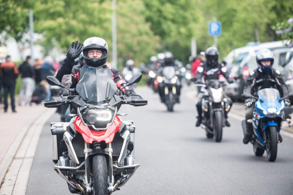 Sie rauschen wieder los: Hessens Biker eröffnen Saison