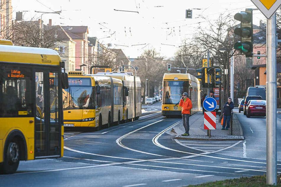 Werden doch nie Straßenbahnen von der Zwinglistraße zum Blauen Wunder fahren?