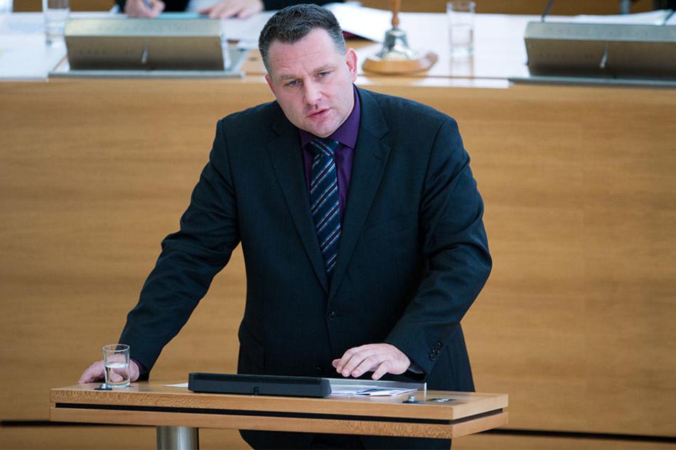 Der CDU-Innenexperte Christian Hartmann wirft Leipzigs Oberbürgermeister Burkard Jung vor, sich in Sicherheitsfragen wegzuducken.