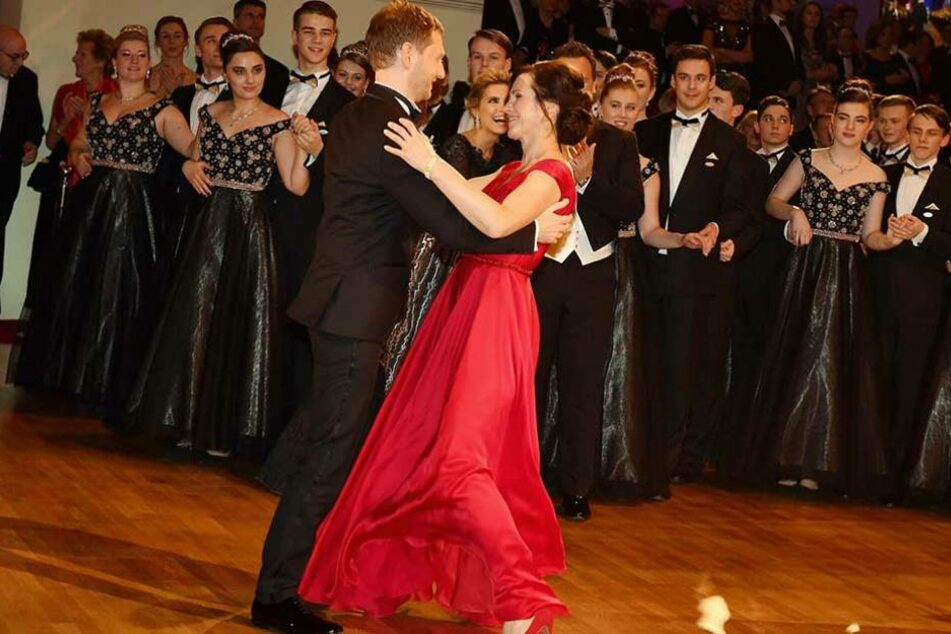 Annett Hofmann (42) und Michael Kretschmer (42) eröffnen den SemperOpernball.