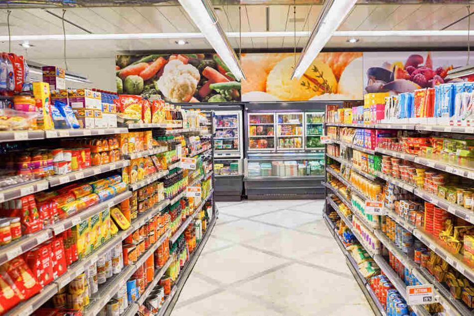 Etwa 50 Kunden waren zu dem Zeitpunkt im Supermarkt. (Symbolbild)