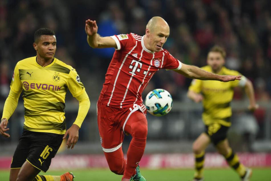 Der 31. März 2018: Arjen Robben (r.) und Manuel Akanji kämpfen um den Ball. Die Bayern schossen an diesem Tag den BVB mit 6:0 aus der Allianz-Arena.