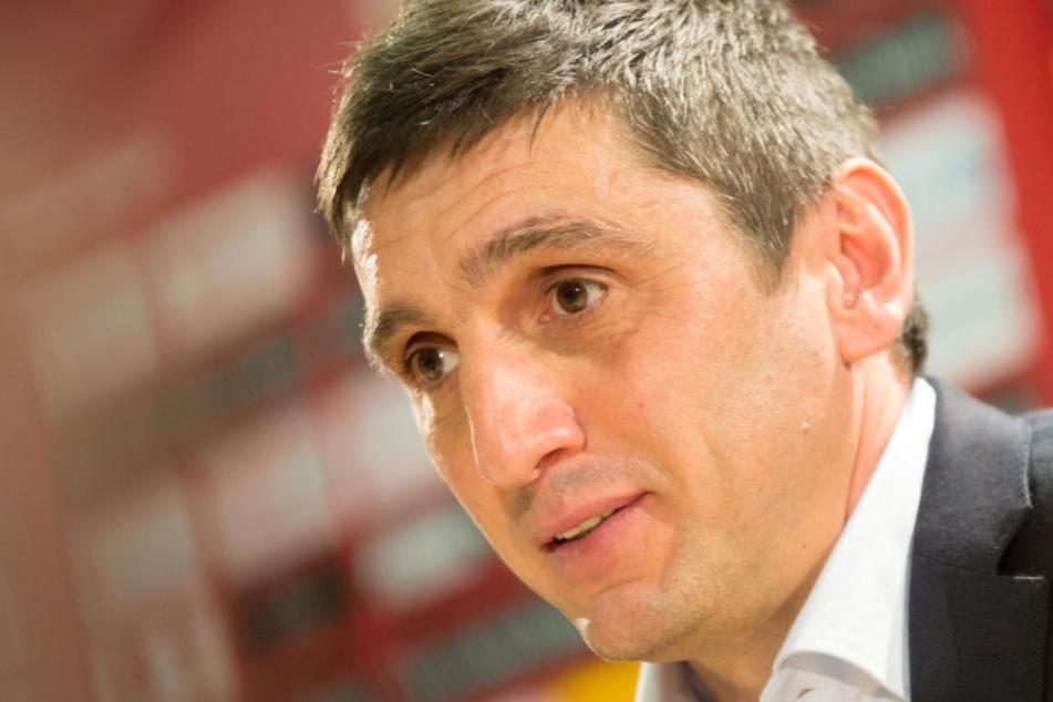 Mit einem Sieg wären die größten Sorgen um den Klassenerhalt bei VfB-Coach Tayfun Korkut dahin.