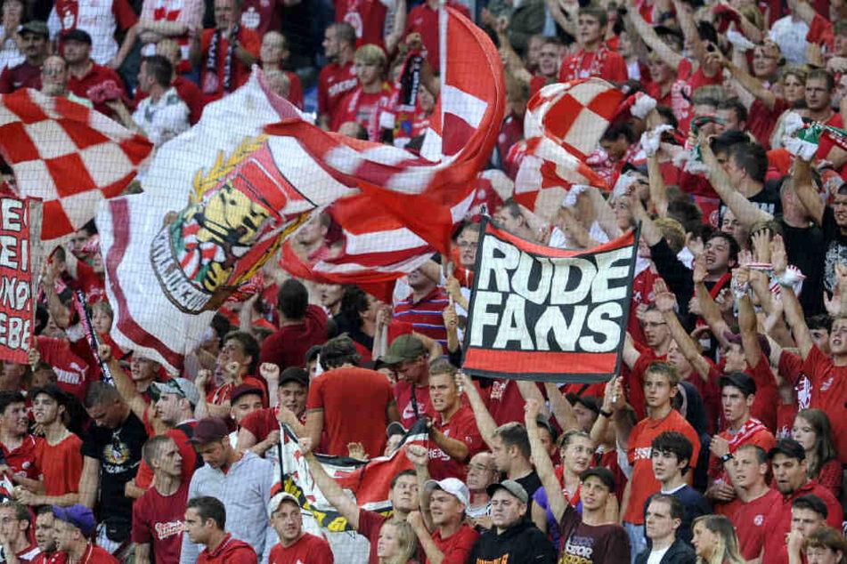 Die Essener Fans waren nach dem Spiel außer Rand und Band. (Symbolbild)