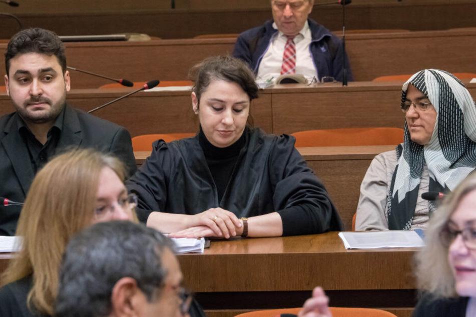 """Anwältin Seda Basay-Yildiz am 9.01.2018 während einem Prozess um die Morde und Terroranschläge des """"Nationalsozialistischen Untergrunds"""" (NSU)."""
