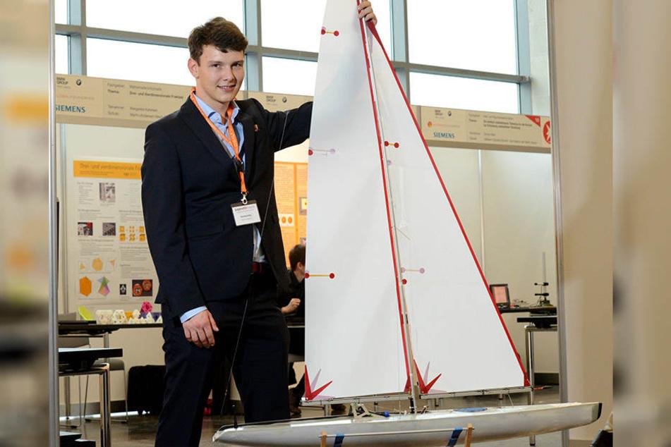 Schiff ahoi: Felix Krabbes (18) hat einen Steuerungsalgorithmus für  Modellsegelboote entwickelt.