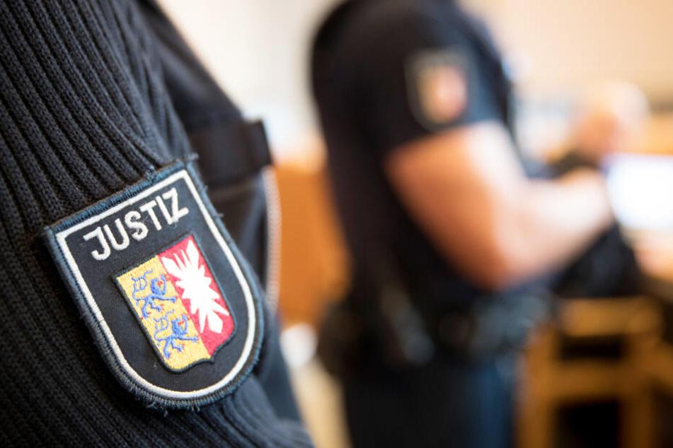 Vor dem Landgericht Kiel wird ein besonders abscheuliches Verbrechen verhandelt.