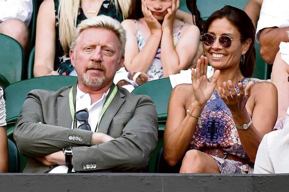 Boris Becker (50) lenkte sich in Wimbledon vom Scheidungs-Stress und dem Ärger um seine Insolvenz ab. Mit TV-Moderatorin Melanie Sykes (47) hatte er einiges zu besprechen, was sie zum herzhaften Lachen brachte.