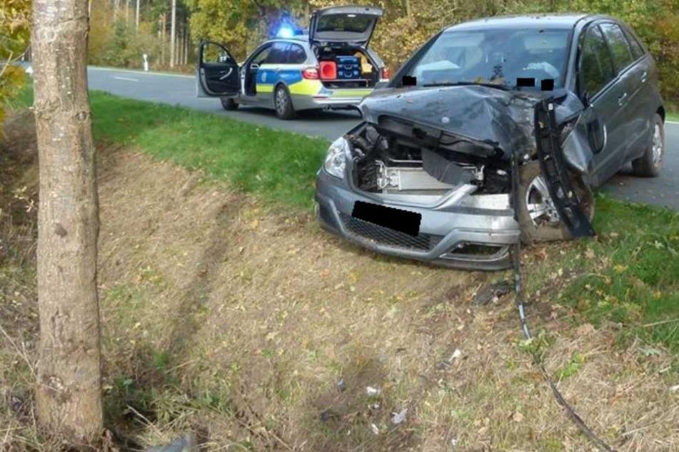 An dem Unfallwagen entstand Totalschaden.